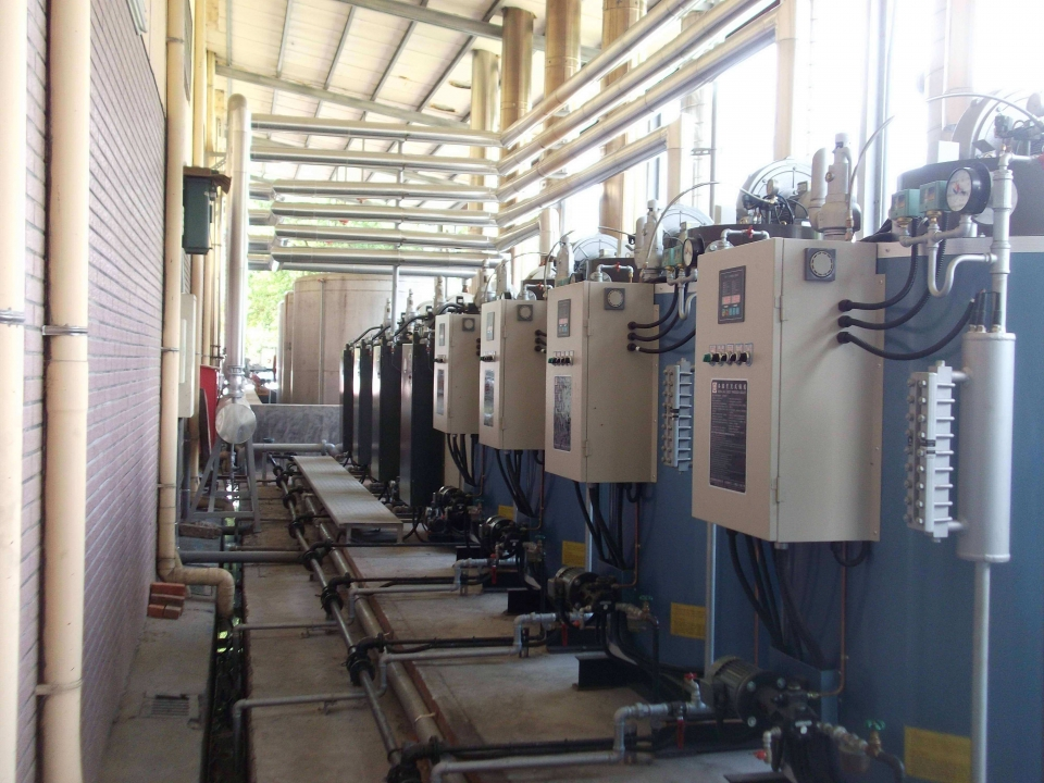 多台貫流式蒸氣鍋爐連結